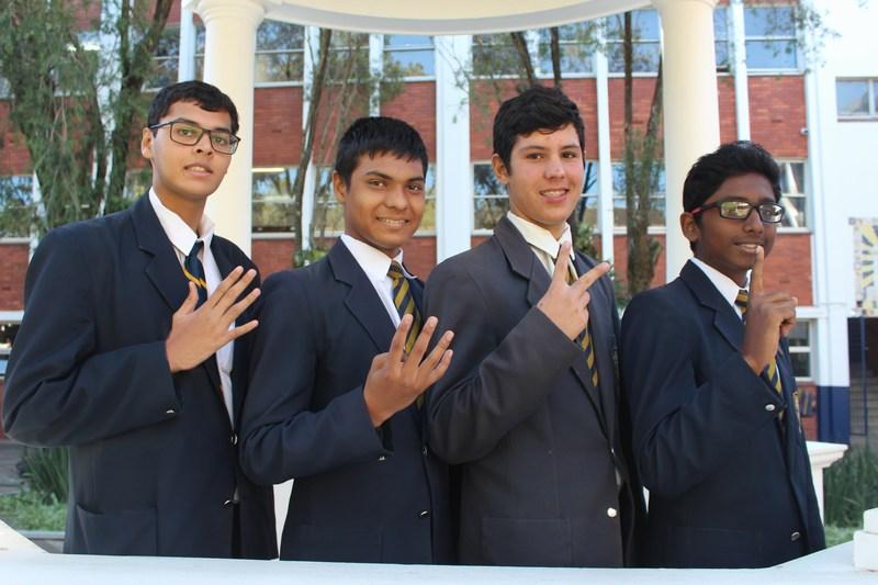 Grade 9 Top 5 (from right) Robert Darian, Danile Kreuzer, Yash Haricharan, Vitthal Ramessur  (Absent : Michael Russell)
